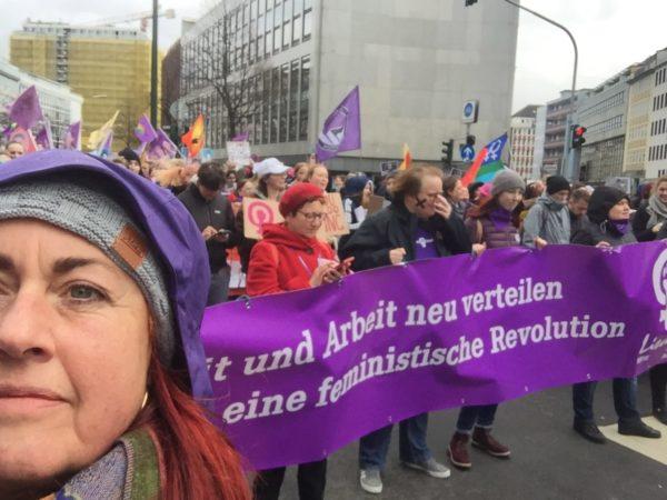 Veranstaltung: Kriminalisierung von Schwangerschaftsabbrüchen stoppen – Strafrechtsparagraphen ersatzlos streichen