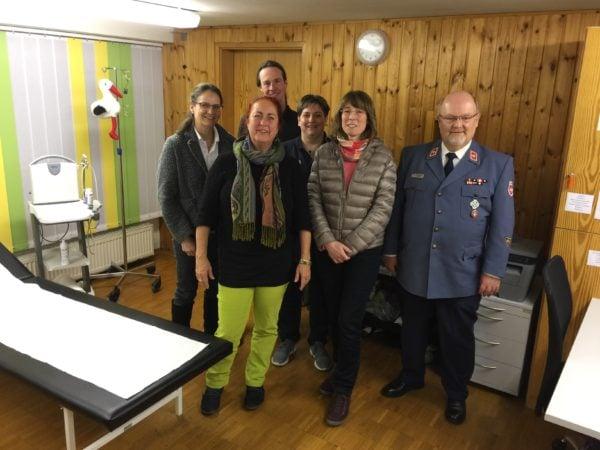 MdB Sylvia Gabelmann besucht Siegener Malteser Medizin für Menschen ohne Krankenversicherung