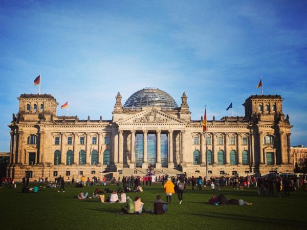 Erklärung von Abgeordneten der Fraktion Die Linke zur Abstimmung im Bundestag am 25.03.2020