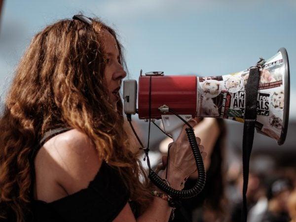 1. Mai – Ob auf der Straße oder virtuell: Jetzt aktiv werden für soziale Gerechtigkeit und ein bedarfsgerechtes Gesundheitssystem